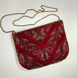 La Regal  Vintage Burgundy beaded purse